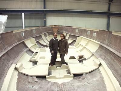 Az Odysseus iskolahajó építése: a hajótest