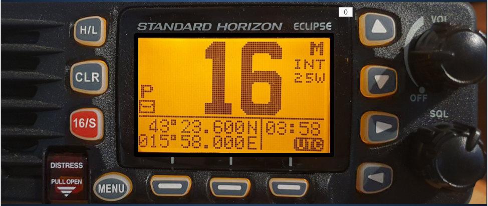 VHF rádió, amelyen a gyakorlas történik